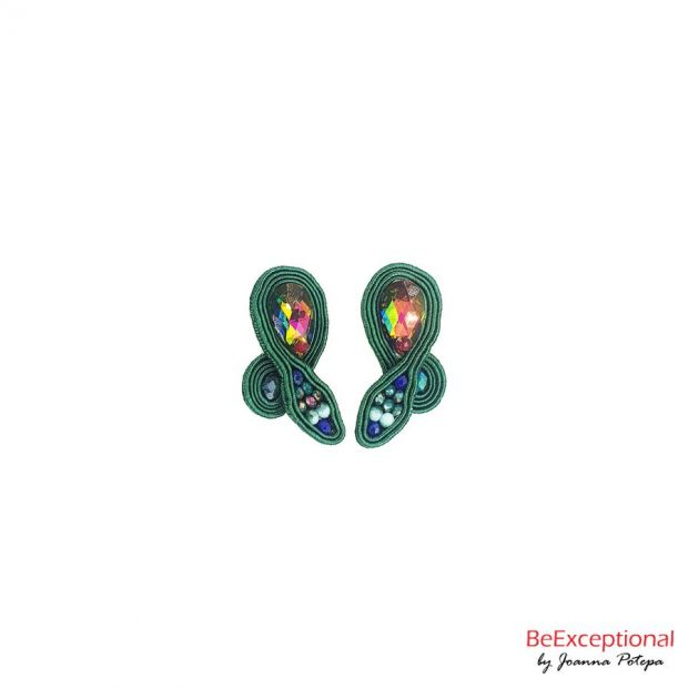 Hand embroidered earrings Jungle Antede